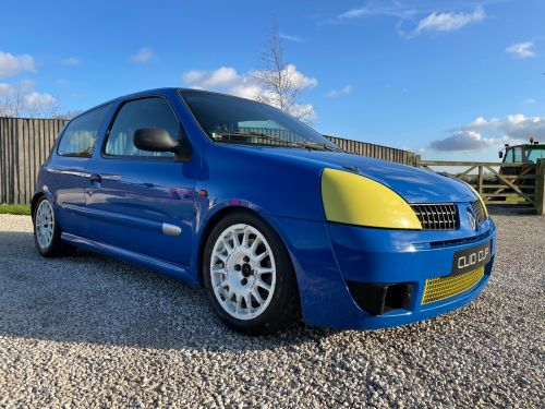 Clio Cup Car Genuine Renault Motorsport LHD