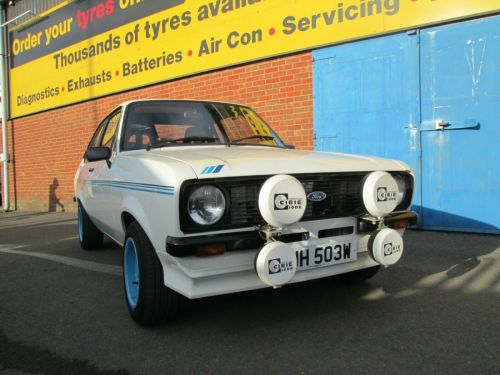 Ford Escort RS2000 / Harrier